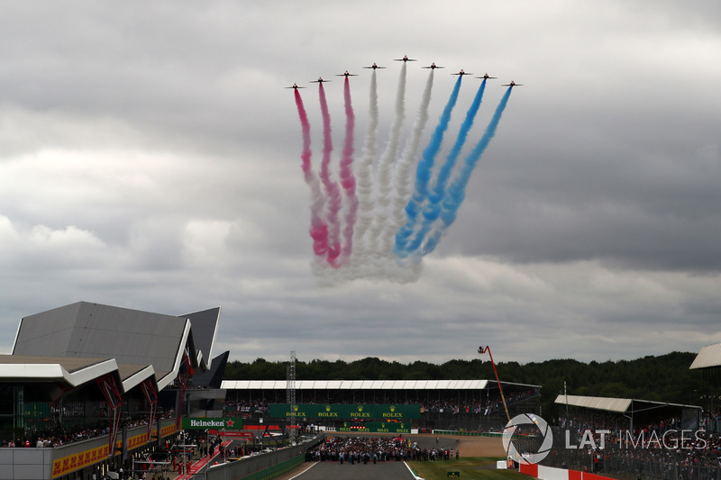 Авіашоу Red Arrows