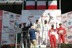 Podio gara 1, Comandini-Cerqui (BMW Team Italia,BMW M6 S.GT3 #15), Schirò-Cioci (Easy Race,Ferrari 488-S.GT3 #70), Malucelli-Cheever (Scuderia Baldini 27,Ferrari 488-S.GT3 #27
