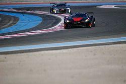 #888 Kessel Racing, Ferrari 488 GT3: Marco Zanuttini, David Perell