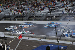 Trevor Bayne, Roush Fenway Racing Ford crash Austin Dillon, Richard Childress Racing Chevrolet Ryan Blaney, Wood Brothers Racing Ford Aric Almirola, Richard Petty Motorsports Ford Gray Gaulding, Premium Motorsports Toyota
