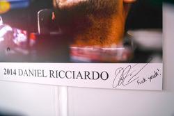 Автограф Даніеля Ріккардо, Red Bull Racing і підпис