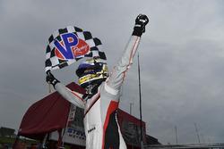 Ganador de la carrera Patrick Pilet, Porsche Team