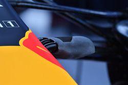 Red Bull Racing RB13 detalle de cámara de nariz