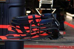 Red Bull Racing RB13 ön kanat detay