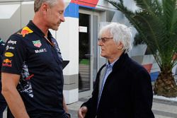Jonathan Wheatley, manager Red Bull Racing, Bernie Ecclestone