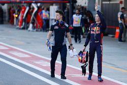 Daniil Kvyat, Scuderia Toro Rosso, con sus fans