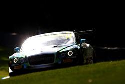#31 Team Parker Bentley Continental GT3: Seb Morris, Rick Parfitt Jr.