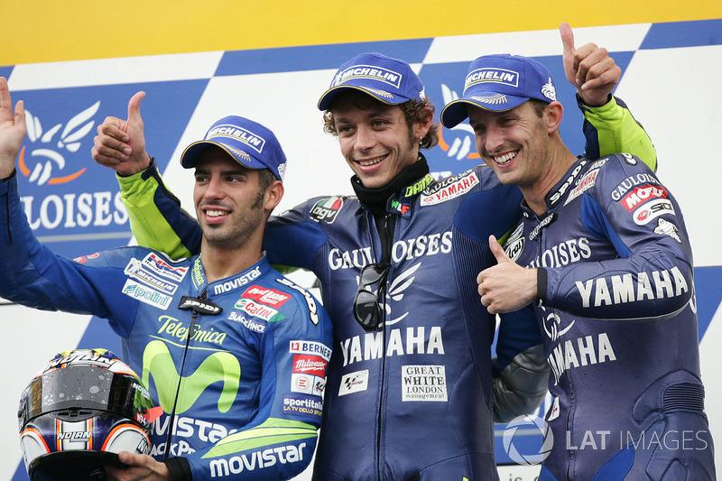 Podio: il vincitore Valentino Rossi, secondo Marco Melandri, terzo Colin Edwards
