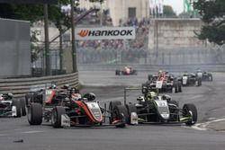 Pedro Piquet, Van Amersfoort Racing Dallara F317 - Mercedes-Benz , Lando Norris, Carlin Dallara F31