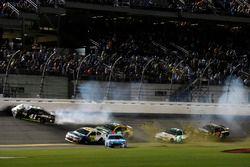 Kurt Busch, Stewart-Haas Racing Ford wrecks