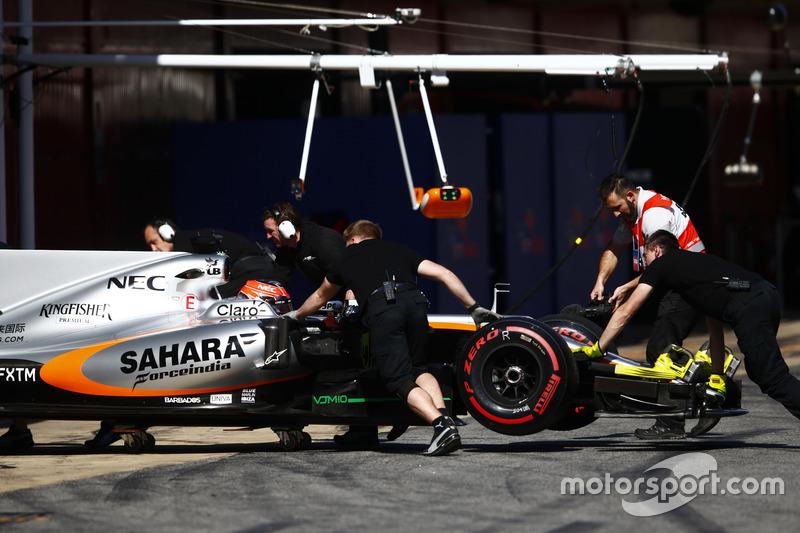 Эстебан Окон, Force India VJM10