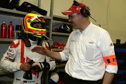 #28 Audi Sport Team Land-Motorsport, Audi R8 LMS: Pierre Kafferm y Chris Reinke