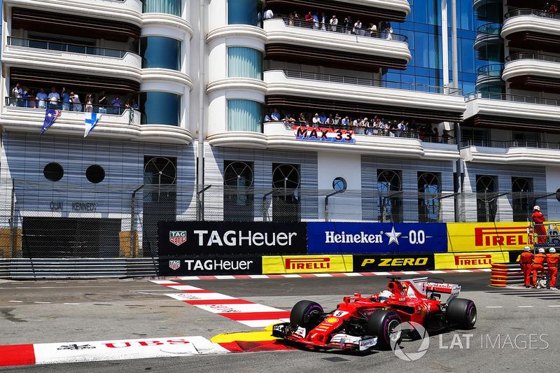 Пиком стал Гран При Монако. После той гонки преимущество Себа над Хэмилтоном в общем зачете достигло впечатляющих 25 очков