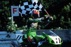 Race winner Hitoyasu Izutsu, Kawasaki Racing