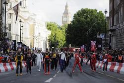 Nico Hulkenberg, Renault Sport F1 Team, Daniil Kvyat, Scuderia Toro Rosso, Max Verstappen, Red Bull,