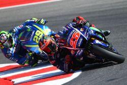 Maverick Viñales, Yamaha Factory Racing, Andrea Iannone, Team Suzuki MotoGP
