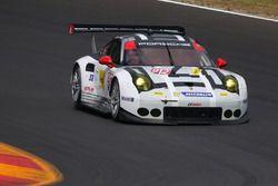 #912 Porsche Team North America Porsche 911 RSR: Earl Bamber, Frederic Makowiecki