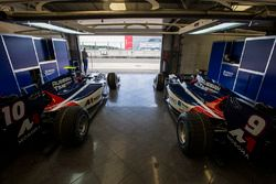 Cars of Raffaele Marciello, RUSSIAN TIME and Artem Markelov, RUSSIAN TIME