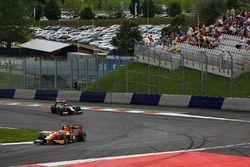 Jordan King, Racing Engineering leads Arthur Pic, Rapax