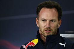 Кристиан Хорнер, руководитель Red Bull Racing во время пресс-конференции