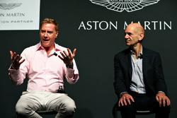 Marek Reichman, directeur de la création et du design d'Aston Martin, et Adrian Newey, directeur technique Red Bull Racing