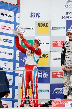 Çaylak podyum: Ralf Aron, Prema Powerteam Dallara F312 – Mercedes-Benz