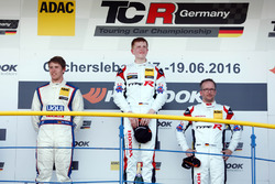 Podium: 1. Dominik Fugel, Team Honda ADAC Sachsen; 2. Mike Halder, Liqui Moly Team Engstler; 3. Stev