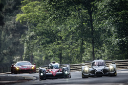 #5 Toyota Racing Toyota TS050 Hybrid: Anthony Davidson, Sébastien Buemi, Kazuki Nakajima, #30 Extrem