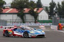 Мариано Франкитти, Энди Приоль и Гарри Тинкнелл, #67 Ford Chip Ganassi Racing Team UK Ford GT