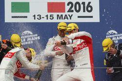 LMP2 podium: winners #46 Thiriet by TDS Racing Oreca 05 - Nissan: Pierre Thiriet, Mathias Beche, Ryo Hirakama