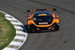 #13 K-Pax Racing, McLaren 650S GT3: Colin Thompson