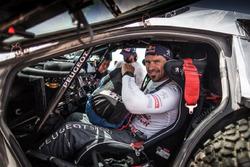 #104 Peugeot: Cyril Despres