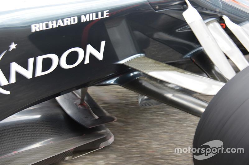 McLaren MP4-31 of Fernando Alonso front detail