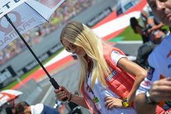 Прекрасные промо-девушки Pramac Racing
