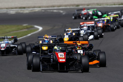 Start of the race, Joel Eriksson, Motopark Dallara F316 – Volkswagen leads