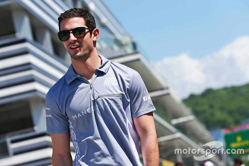Alexander Rossi, Manor Racing Rerserve Driver walks the circuit
