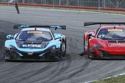 #6 K-Pax Racing McLaren 650S GT3: Austin Cindric, #99 Gainsco/Bob Stallings Racing McLaren 650S GT3: Jon Fogarty contact