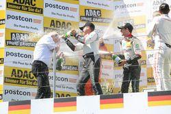 Podyum: #29 Montaplast by Land-Motorsport, Audi R8 LMS: Connor De Phillippi, Christopher Mies