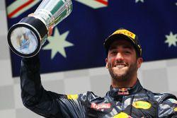 Podyum: 2. Daniel Ricciardo, Red Bull Racing