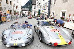 Mark Webber ve Stefan Anker, Porsche RS 60 Spyder Bj. 1960 veHans Joachim Stuck ve Josef Arweck, Por