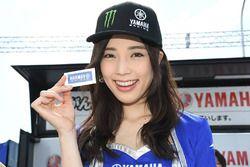 Grid girl Yamaha