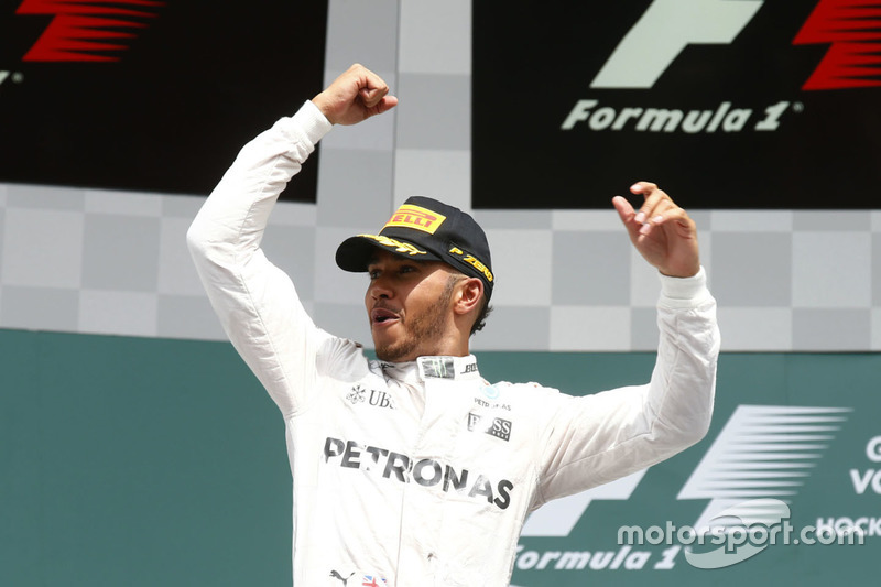 Podyum: 1. Lewis Hamilton, Mercedes AMG F1