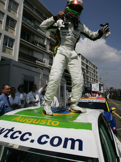 Winner, Augusto Farfus, BMW Team Germany, BMW 320si