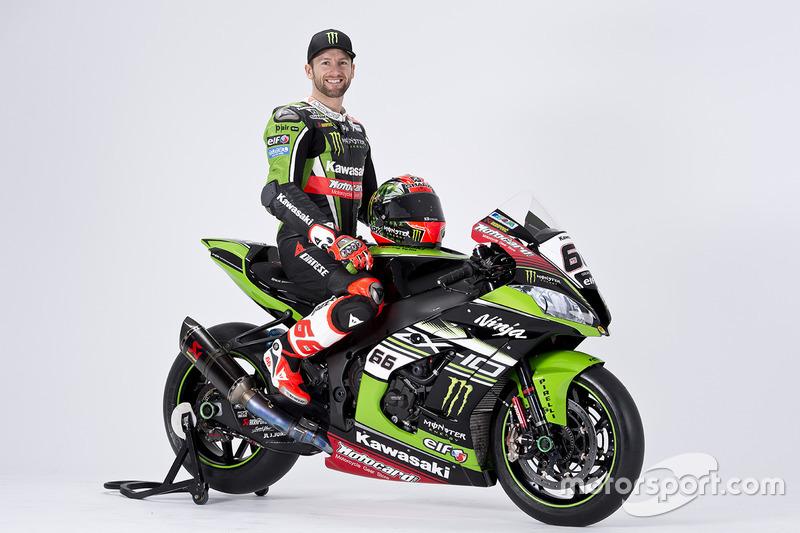Tom Sykes With The Kawasaki Ninja Zx 10r At Kawasaki Racing Team