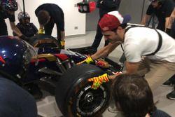 Carlos Sainz Jr., Toro Rosso, si cimenta nel cambio gomme