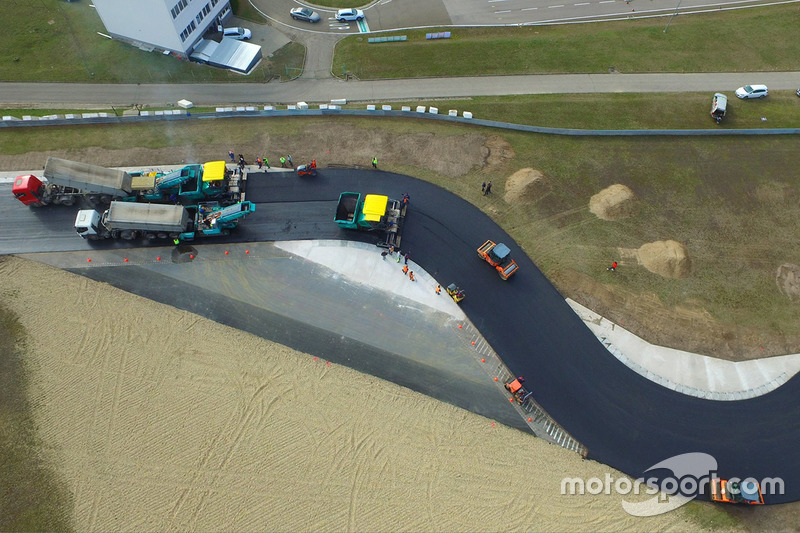 5. Repaving work on the Hungaroring