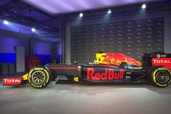 Red Bull Racing RB12 renk düzeni