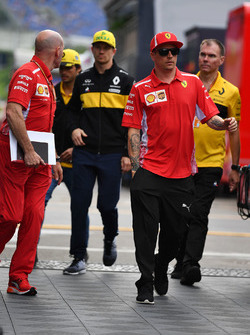 Jock Clear, Ferrari Hoofdengineer, Nico Hulkenberg, Renault Sport F1 Team en Kimi Raikkonen, Ferrari