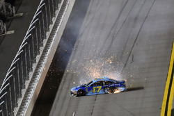 Ricky Stenhouse Jr., Roush Fenway Racing, Ford Fusion Fifth Third Bank, incidente