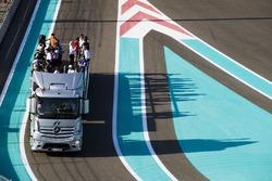 La parade des pilotes de Formule 2